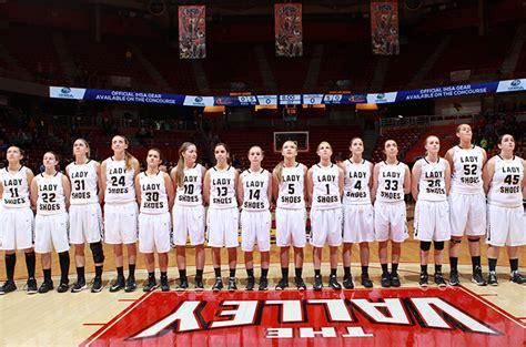 teutopolis girls basketball notches  victory  program history ihsa