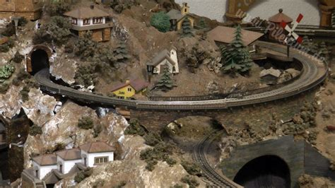 very old model train layout photo gallery