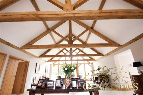 vaulted ceiling trusses king post trusses and open vaulted ceilings oakmasters