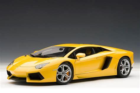 yellow lamborghini aventador autoart lamborghini aventador lp700 4 giallo orion