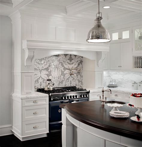 Dining Room Sets Massachusetts by Blooming Cape Cod Kitchens With Mantle Style Hood Spice