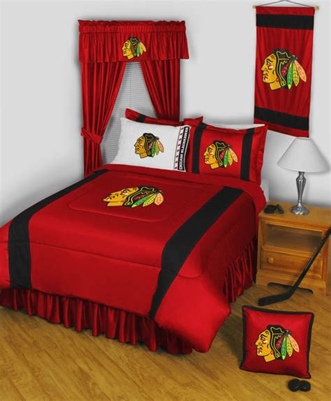 chicago blackhawks bedroom decor nhl chicago blackhawks bedding and room decorations