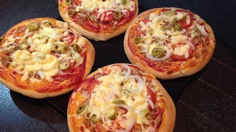 membuat pizza mini dengan teflon cara membuat pizza enak dan lembut jurnal media indonesia