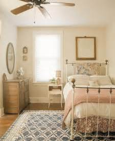25 best ideas about cozy small bedrooms on