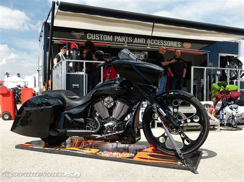 E Motorrad Victory by Excellent Custom Victory Motorcycles Cross Country 1280 X