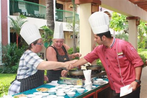 amish cooking class the celebration birthday celebrations ảnh của karon sea sands resort