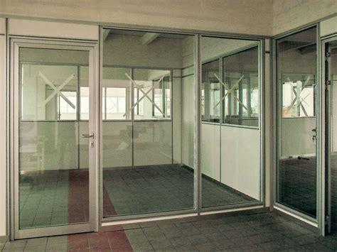 pareti divisorie mobili per ufficio uffici con pareti mobili in vetro integrabili con pareti