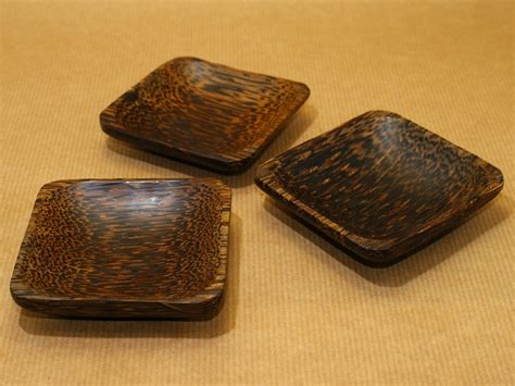 Japanese Lotus Square Plate L 15cm W 15cm H 35cm 1 coconut wood mixing trays at incense nu incenses