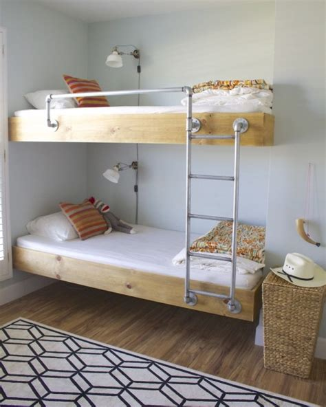 Easy To Build Bunk Beds Great Bunks And I The Bedding Folded At The Foot Of The Bed It Is Not Easy To Make Bunk