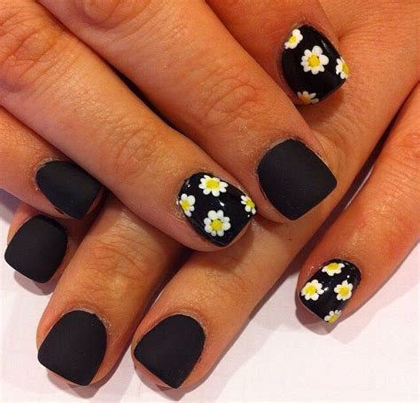 daisy pattern nails 23 best images about nails on pinterest army nails