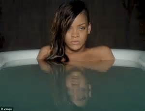 Rihanna Bathtub Rihanna Strips Off For An Emotional Soak In The Bath In