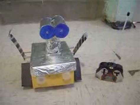 como hacer un wall e con material reciclable robot casero wall e youtube