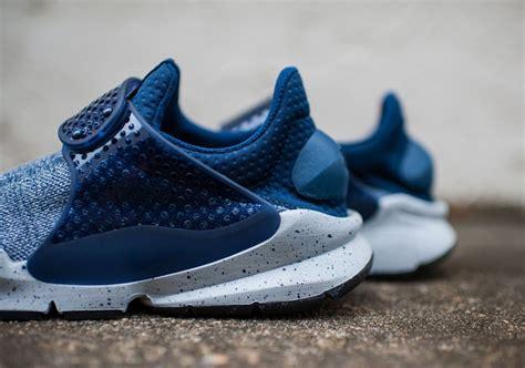 Nike Sockdart Navy nike sock dart se premium midnight navy sneaker bar detroit