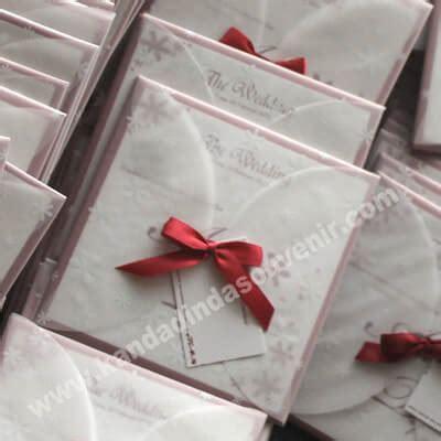 Sasi 137 Undangan Cantik Murah Eksklusif undangan pernikahan semi hardover murah unik undangan pernikahan