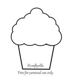 cupcake design template best 25 cupcake template ideas on felt