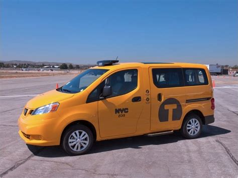 nissan cedric taxi nissan nv200 yellow cab 2013 nissan c 233 dric taxi