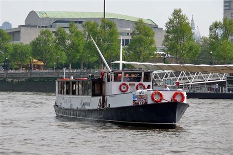 thames river by boat kingwood river thames boat hire joseph mears king