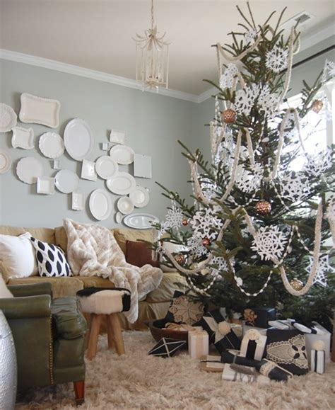 better homes and gardens christmas tree ideas photos from our better homes gardens ideas photo shoot in our rental house