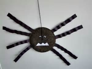 Spider Paper Plate Craft - lifting the spirits of a chronically ill child