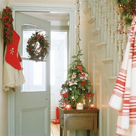 christmas themes for hallways hallway with christmas tree christmas hallway ideas