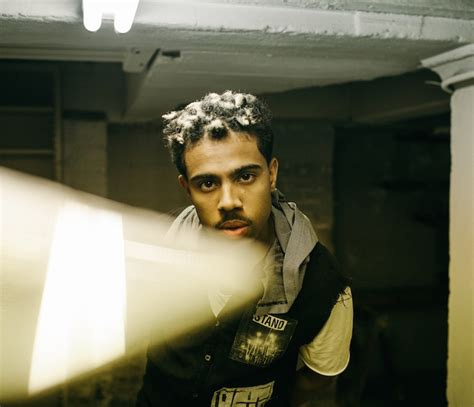 vic mensa tattoo roc nation vic mensa signs with roc nation records
