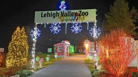 lehigh valley zoo light lehigh valley zoo s winter light spectacular returns