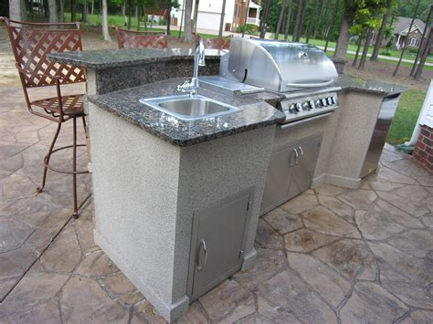 How To Build A Kitchen Island With Seating outdoor kitchen environments deco crete concrete