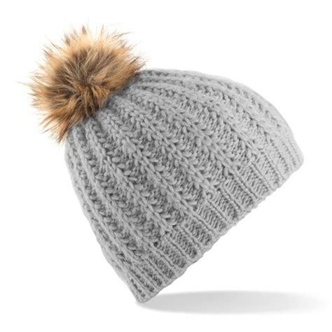 bnwt faux fur bobble beanie winter wooly