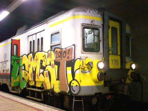 banksy graffiti tomcat