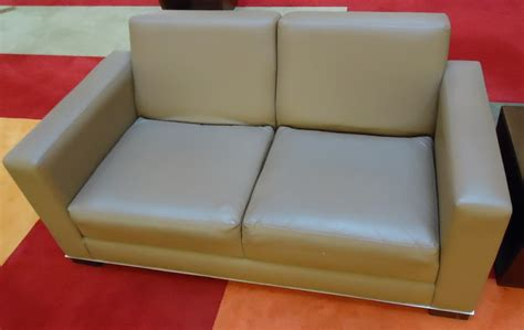 what is a couch file couch in a lounge area of a mall jpg wikimedia commons