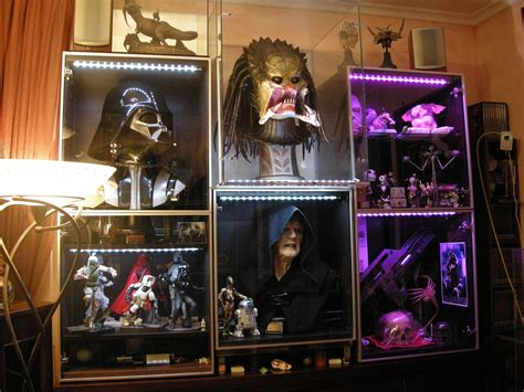 besta display case the berserker maquette and 1 1 bust in hand pics page 12 statue forum