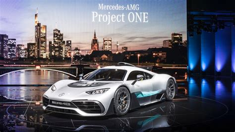 mercedes amg project one bursts onto stage with 1 000 hp