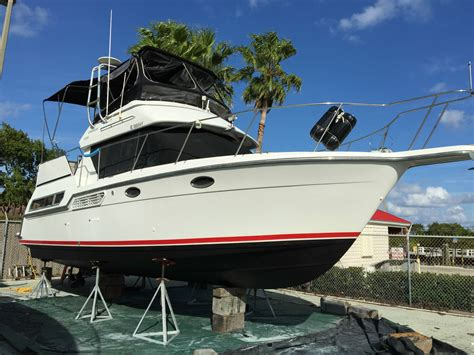 sides of a boat aft carver boats 325 aft boat for sale from usa