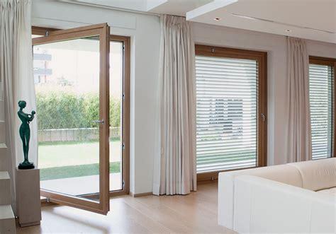 tende stile contemporaneo collezione finestre de carlo stile contemporaneo di luca