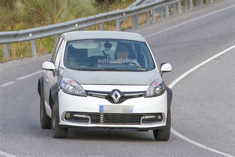 renault scenic 2017 spyshots 2017 renault scenic test mule previews much