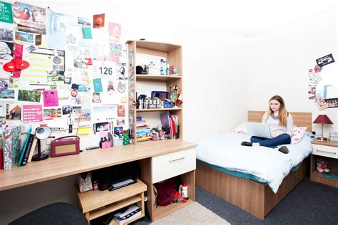 How To Make Decoration At Home by How To Find Student Accommodation In Paris Student Life
