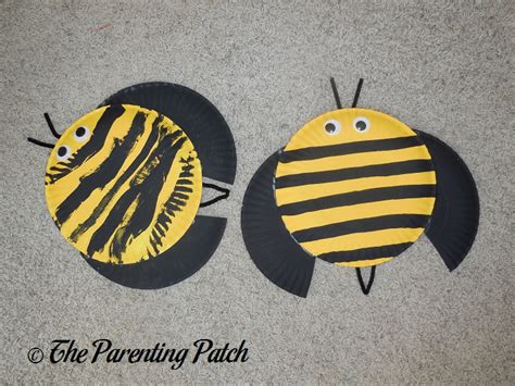 paper plate bumble bee craft b is for bumblebee paper plate craft parenting patch