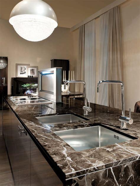 Kitchens With Dark Brown Cabinets Prensa Archivo Www Gunnitrentino Es