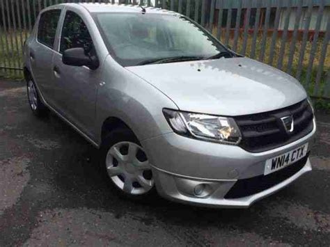 2014 dacia sandero 1 2 16v ambiance 5dr car for sale