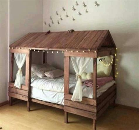 kids pallet bed pallet beds for little girls pallet projects pinterest