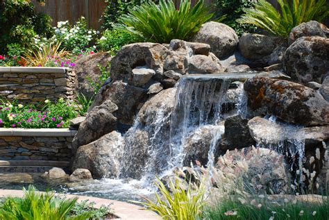 landscape water features natural rock water features