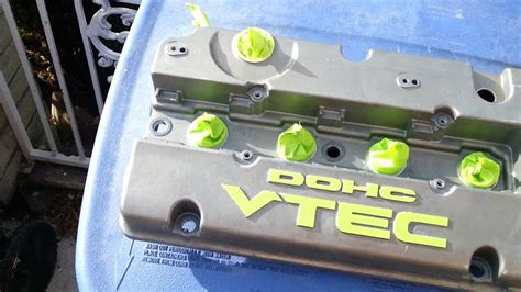 Painting Valve Cover by Diy How To Paint Your Engine Valve Cover Winston Buzon