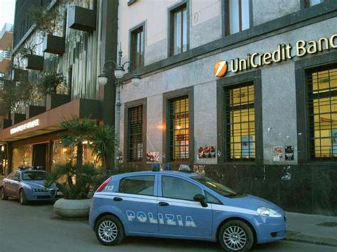 cassetta di sicurezza unicredit sorpresa all unicredit caveau vuoto aperte le 300