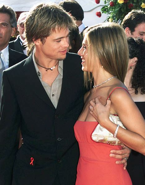 Jen To Brad I You by 25 Photos That Will Make You Wish Brad And Jen Were Still