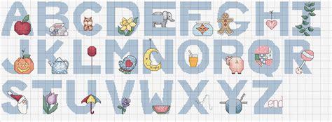 lettere bambini punto croce schemi dell alfabeto blogmamma it
