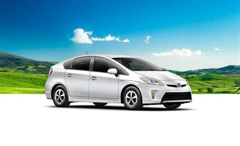 Toyota Recll Toyota Prius Hybrid Recalled In India