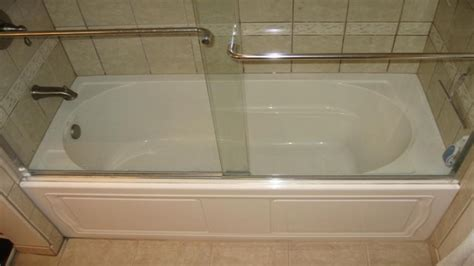 small soaking bathtubs deep soaking tubs for small bathrooms 28 images deep
