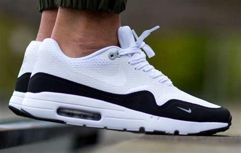 Nike Airmax One Black Grey nike air max 1 essential white black wolf grey sole collector