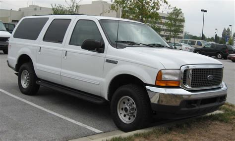 books on how cars work 2004 ford excursion windshield wipe control file 2000 2004 ford excursion jpg wikimedia commons