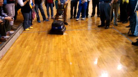 pavimenti verniciati eternal parquet pulizia e manutenzione bona power